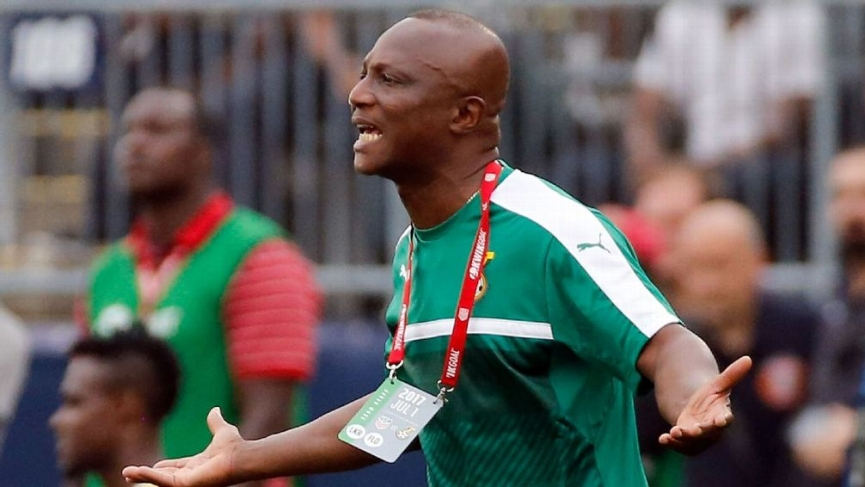 Eliminate ES Setif and earn Black Stars call-up - Coach Kwesi Appiah tells Aduana players