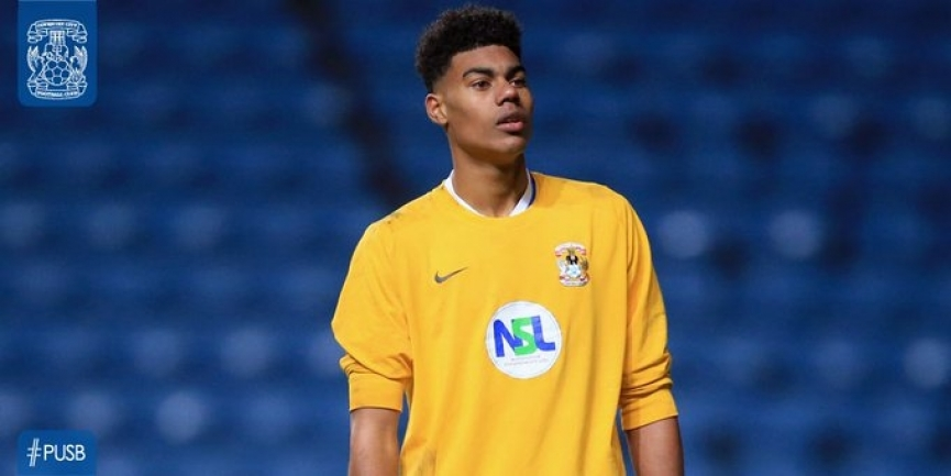 Young goalie Corey Addai joins English side Dulwich Hamlet