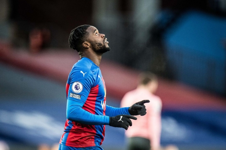 Jeffrey Schlupp out for THREE MONTHS with hamstring injury