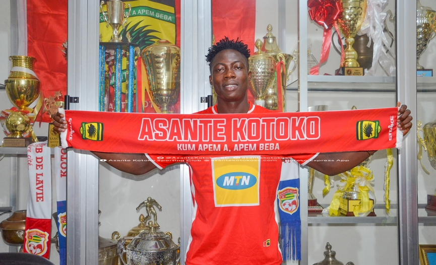 OFFICIAL: Justice Blay joins Asante Kotoko