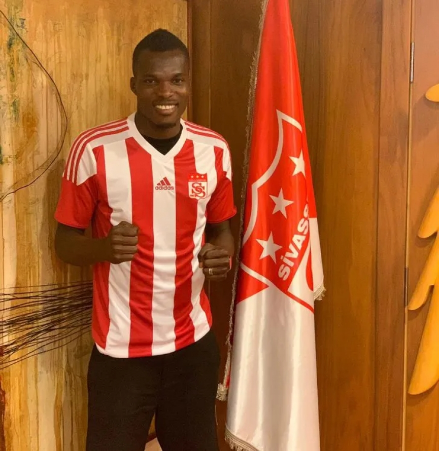 OFFICIAL: Isaac Cofie signs for Turkish side Sivasspor