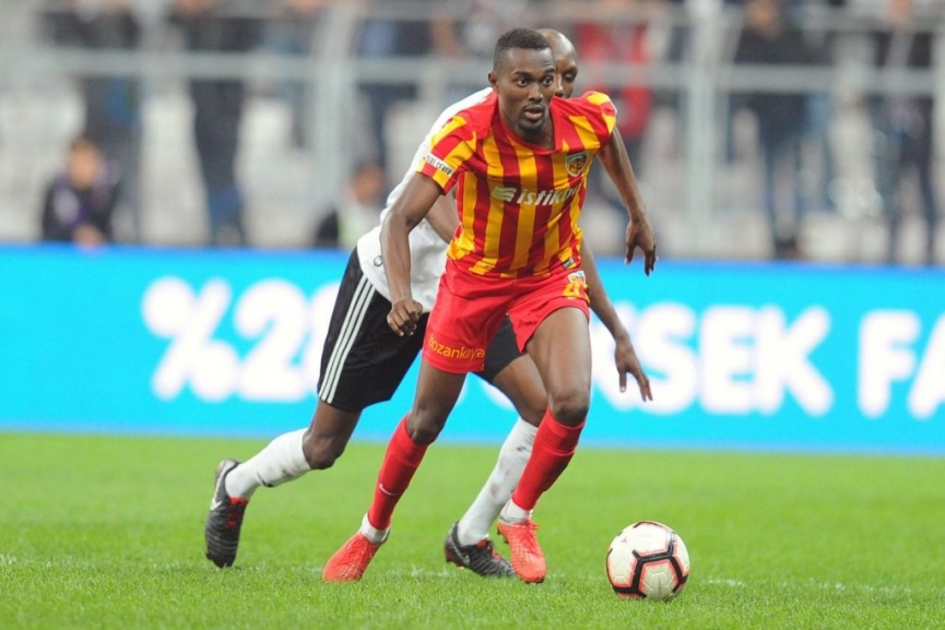 Besiktas to push for Mensah deal after current league season