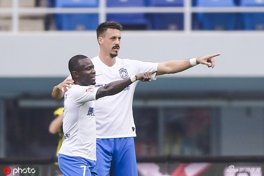 Frank Acheampong grabs his 5th goal for Tianjin Teda