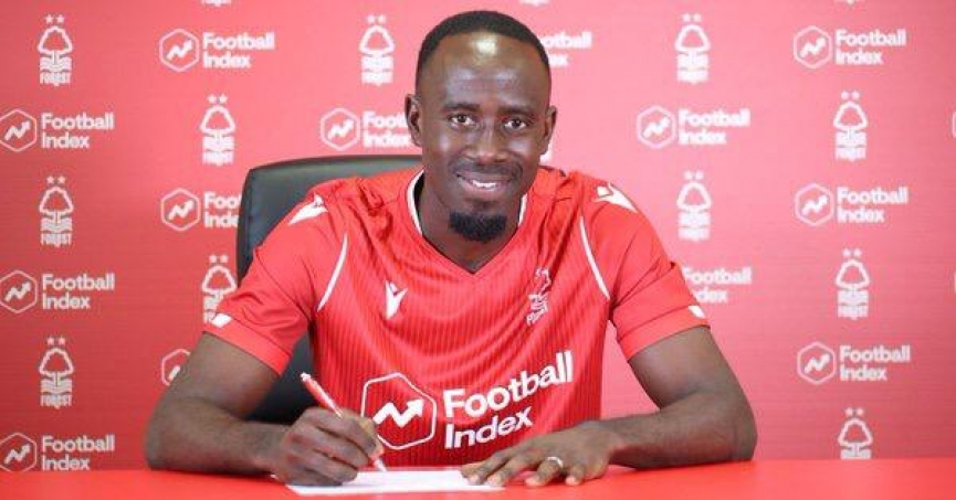 OFFICIAL: Albert Adomah joins Championship side Nottingham Forest