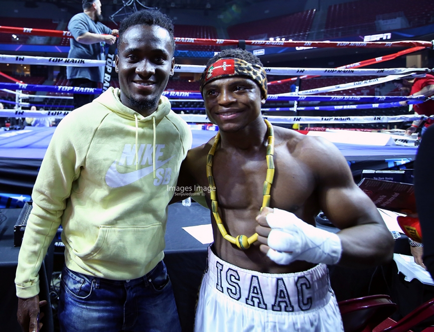 Ghanaian striker David Accam watches Isaac Dogboe bout with Jessie Magdaleno