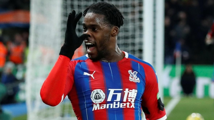 Jeffrey Schlupp inks new deal with Crystal Palace