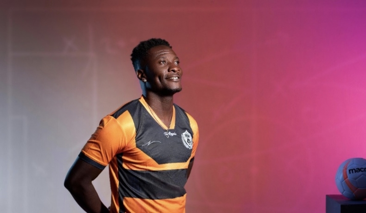 Asamoah Gyan marks Legon Cities debut